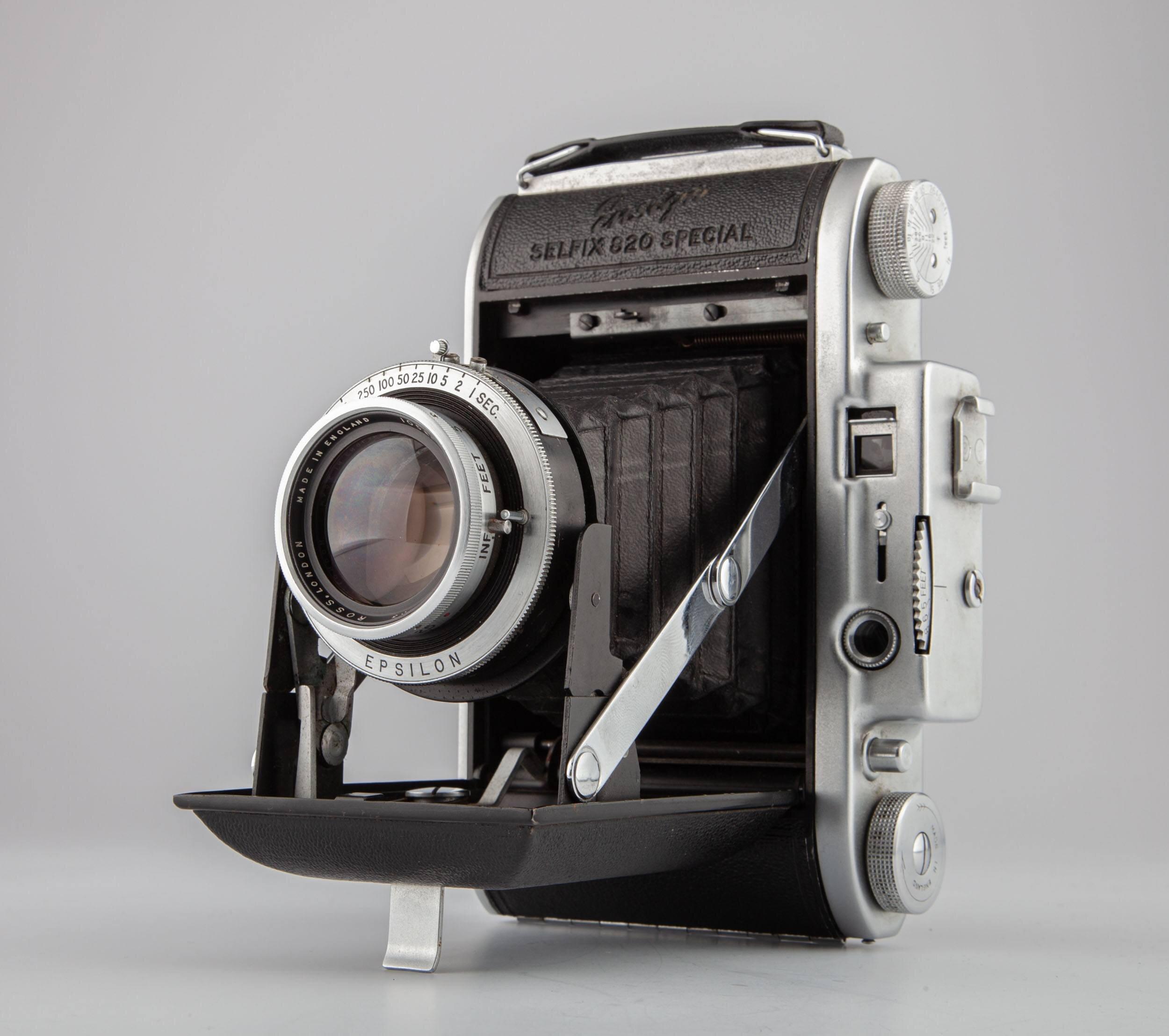 Ensign Selfix 820 Special folding camera w. Ross London 105mm Xpres f/3.8