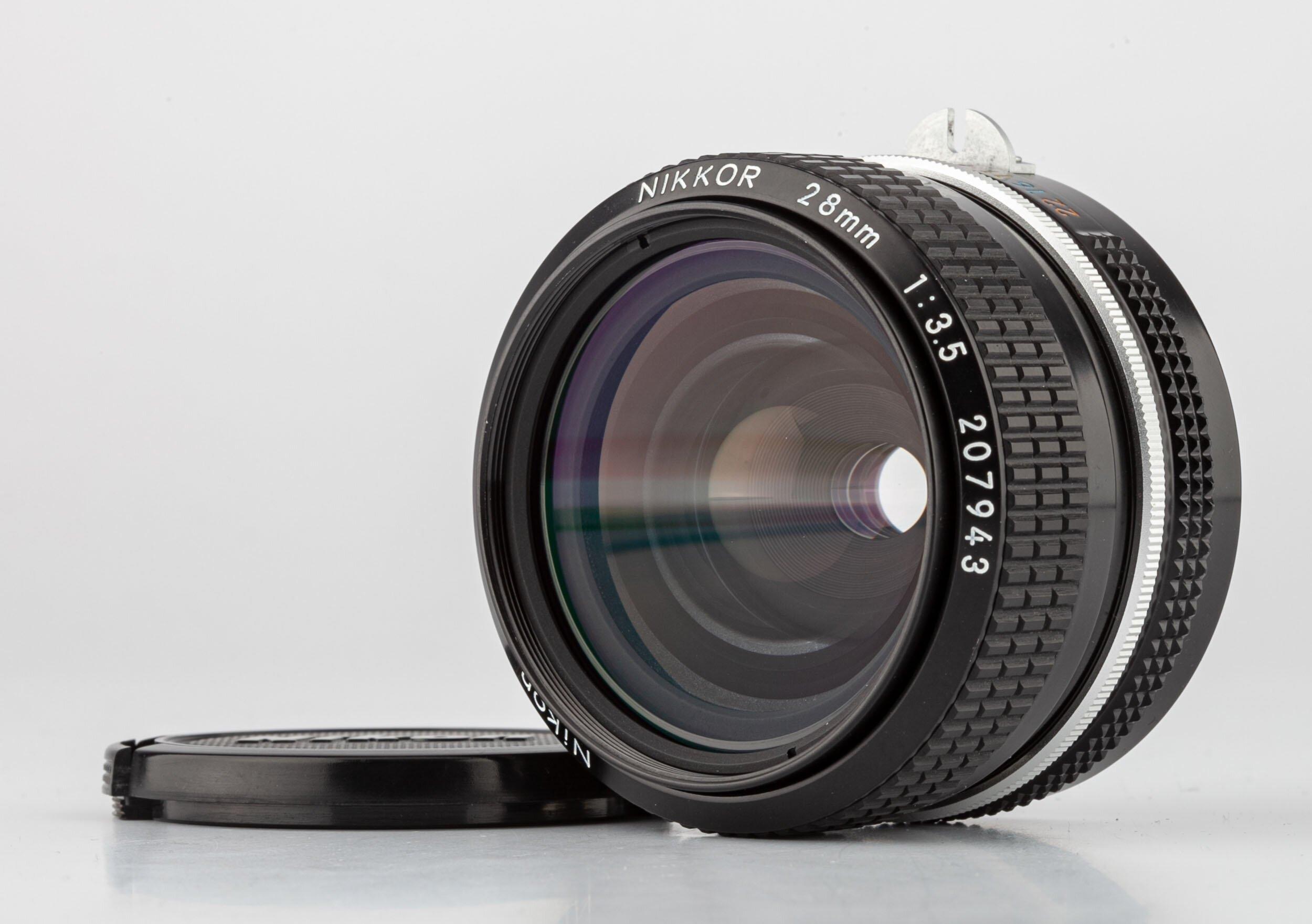 Nikon non AI Nikkor 28mm 3,5