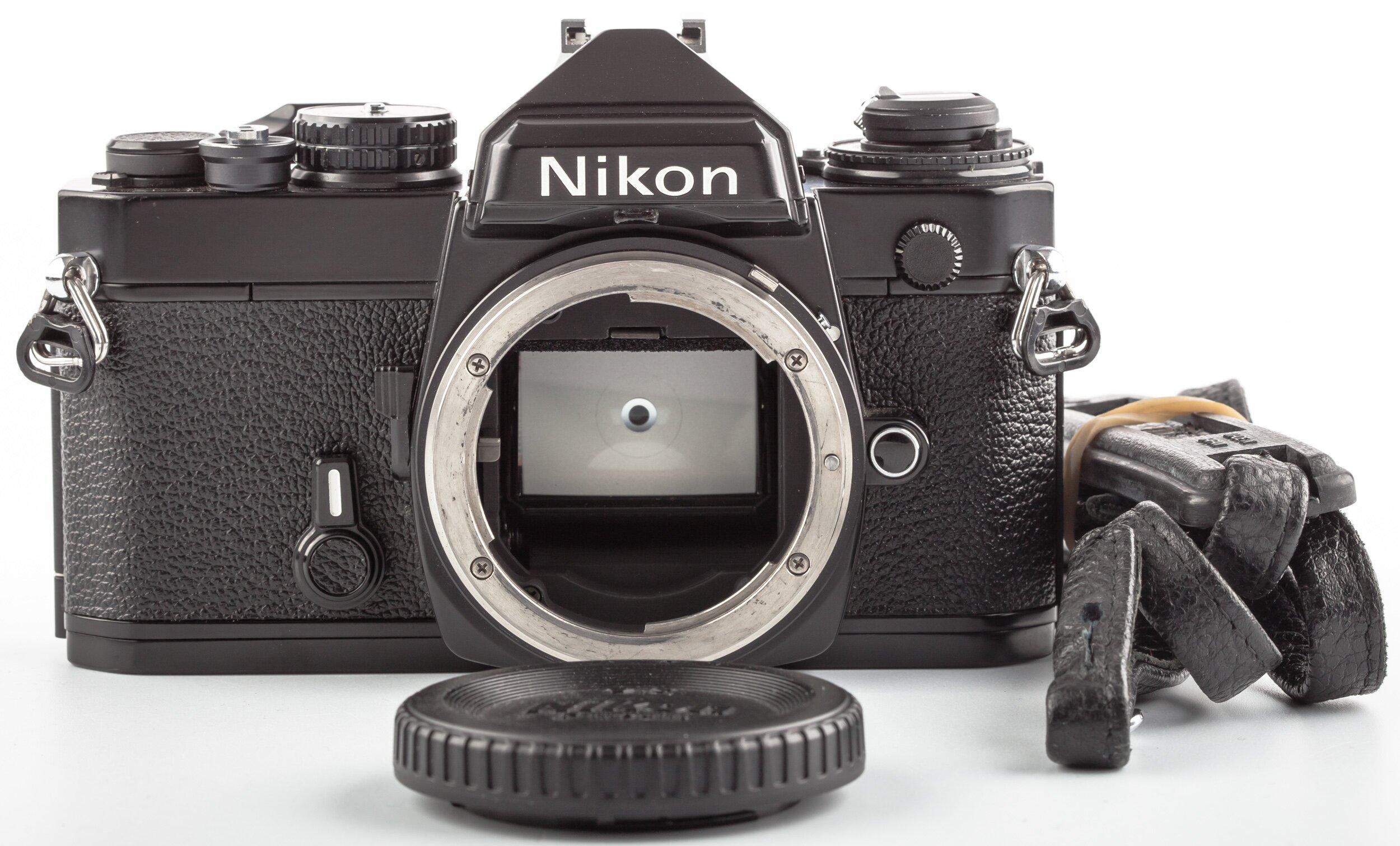 Nikon FE Gehäuse schwarz