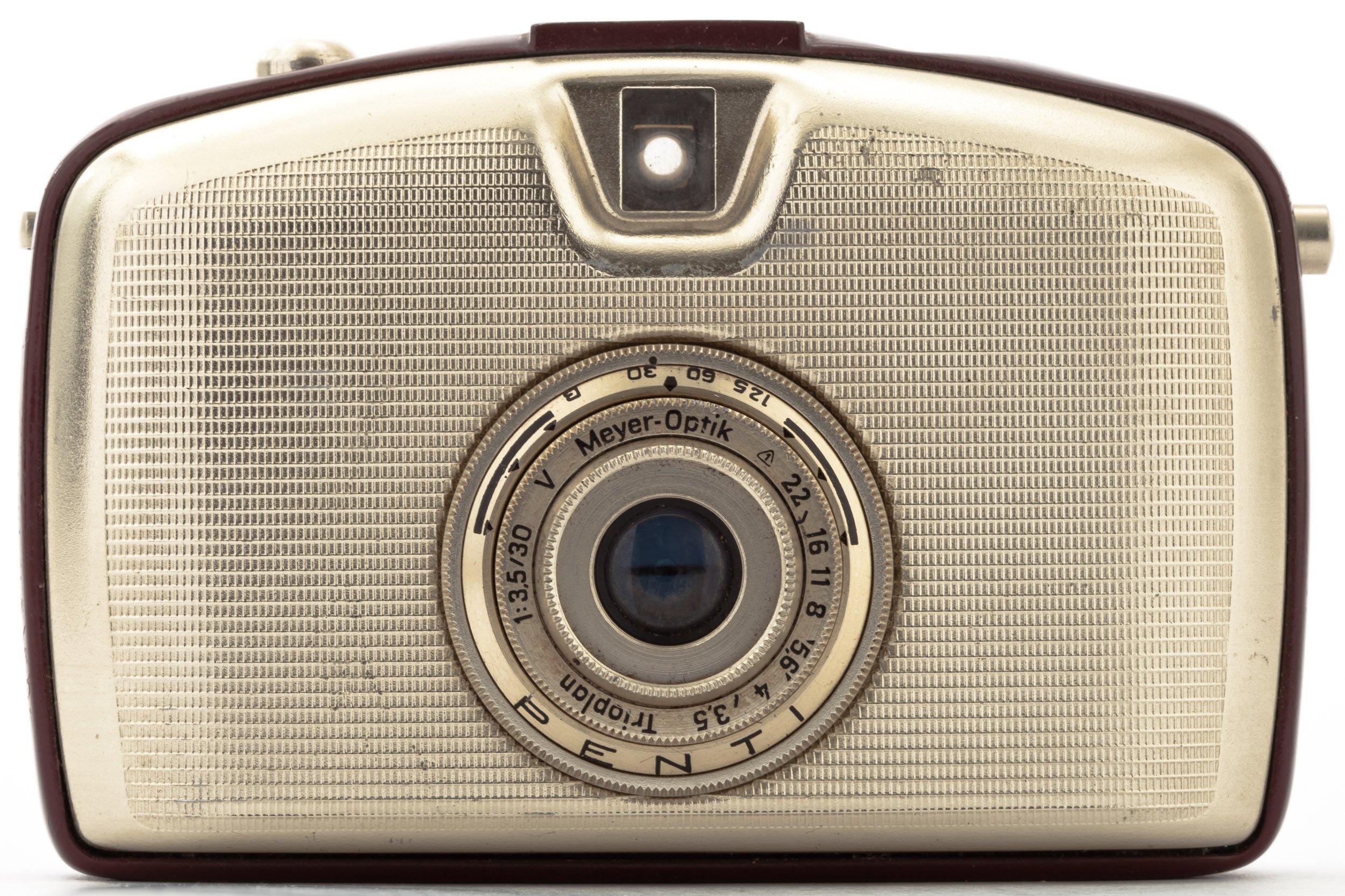 Pentacon Penti welta rot mit 30mm 3,5 Meyer-Optik V Trioplan