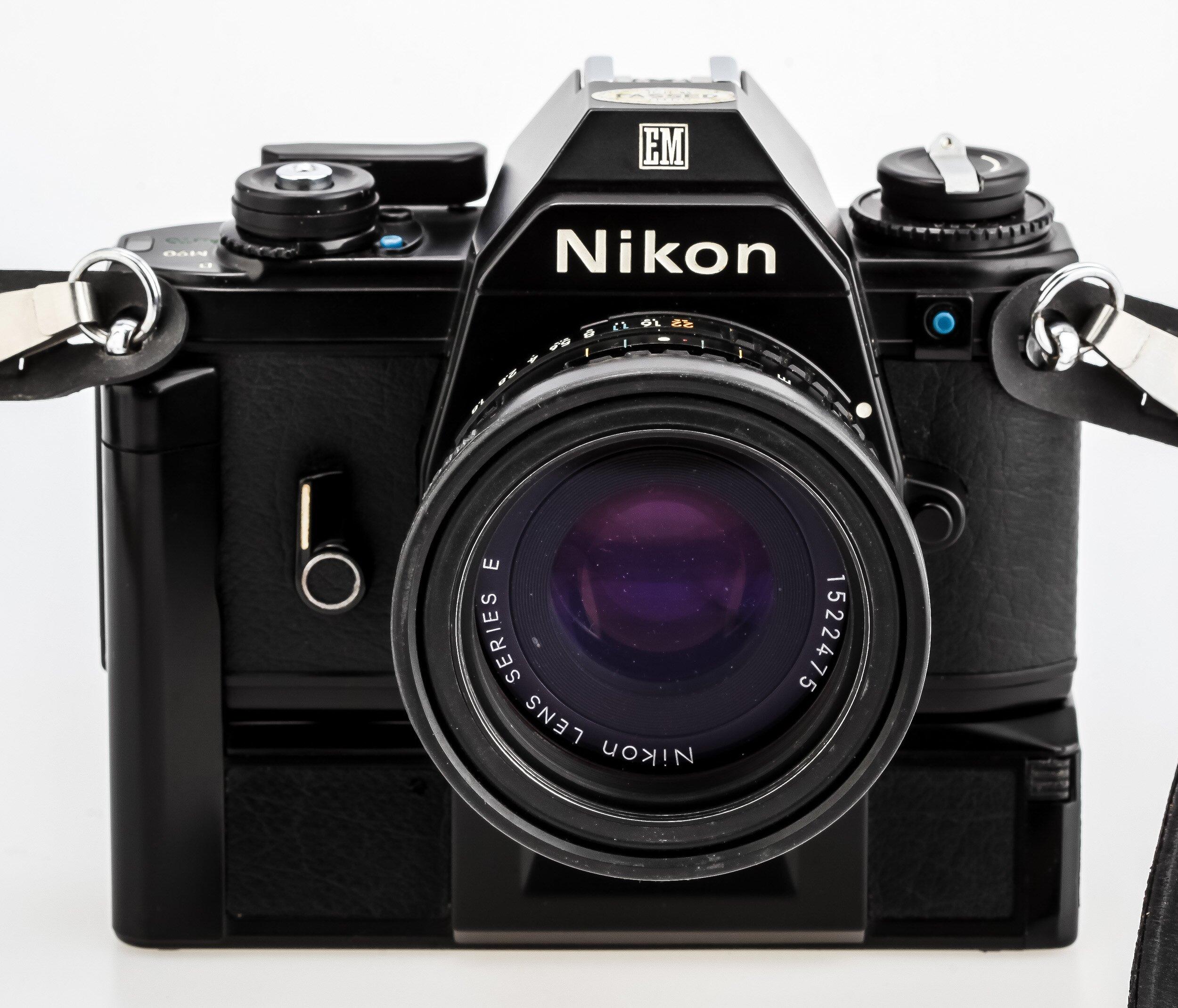 Nikon EM Nikon 1,8/50mm
