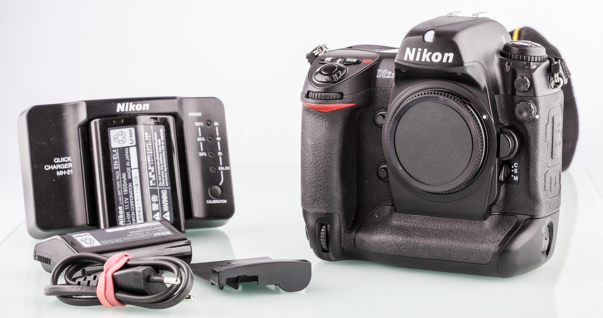 Nikon D2Xs Gehäuse