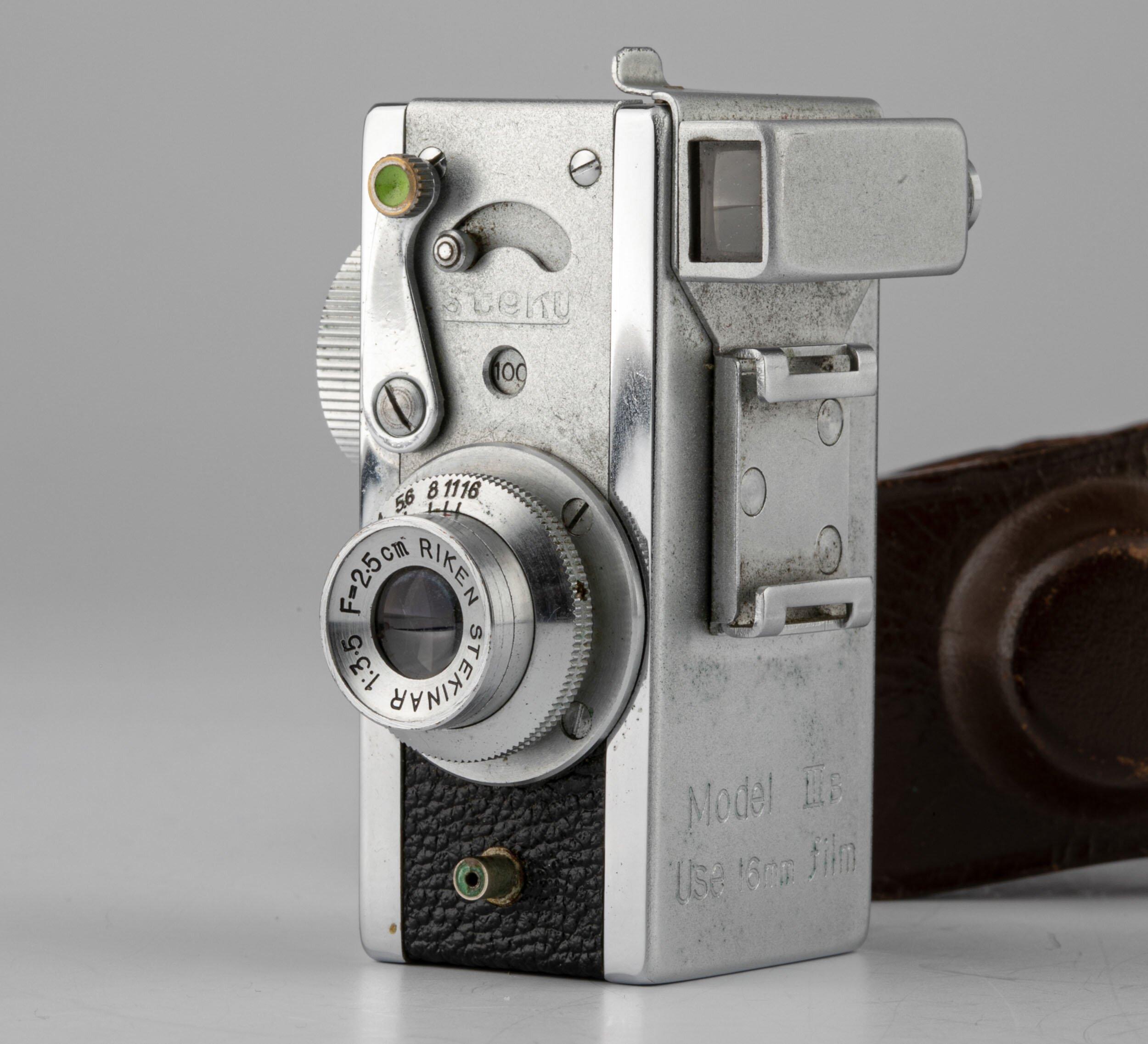 Riken Steky IIIb mit Stekinar 3,5/25mm Miniaturkamera