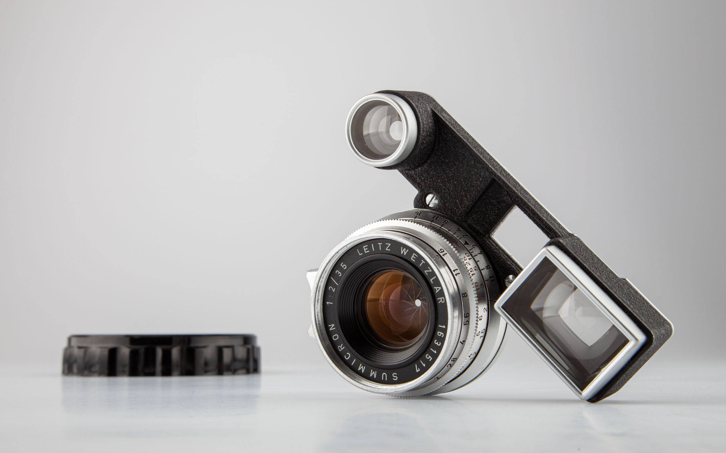 Leica Summicron-M 35mm F2 mit Brille chrom