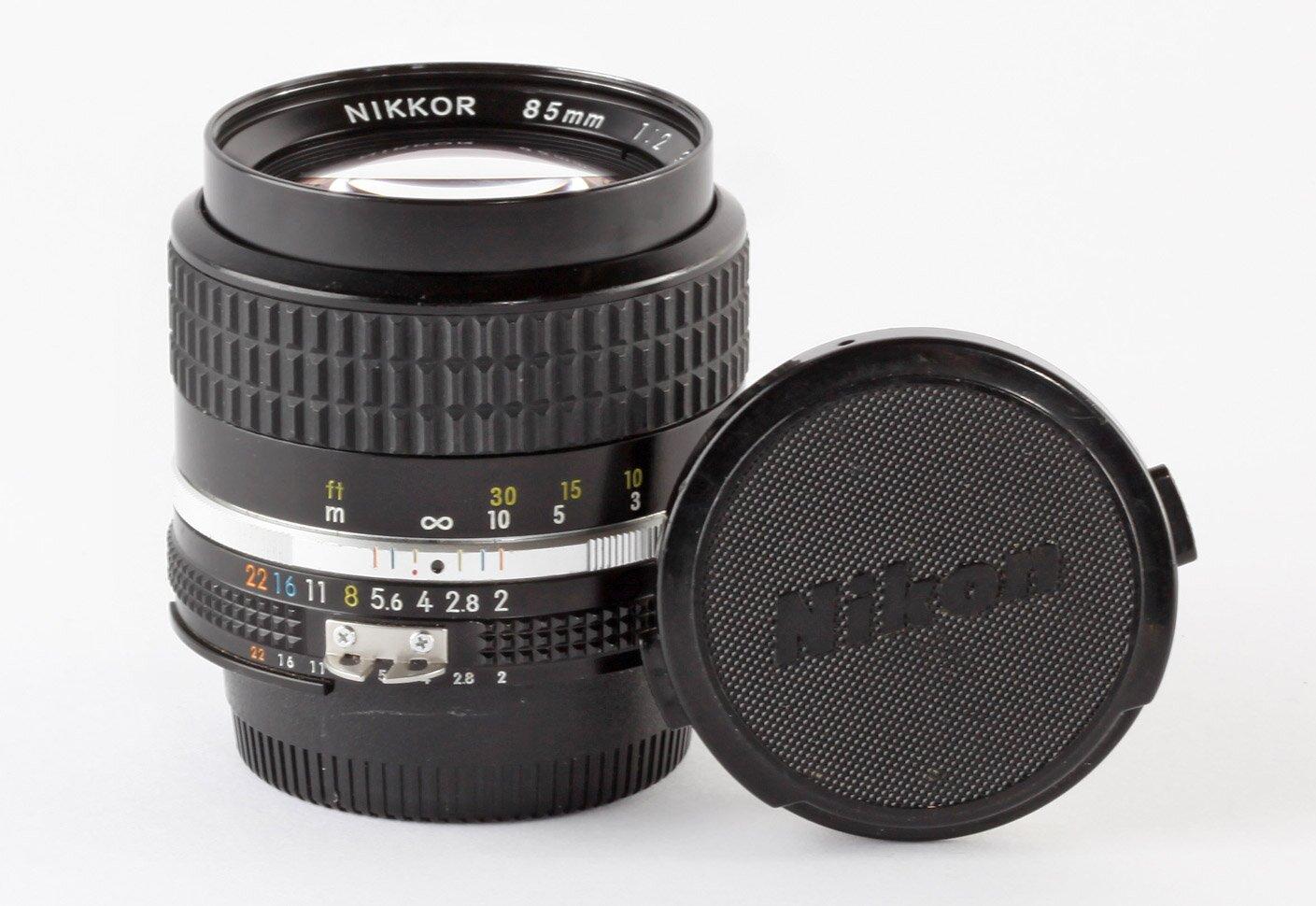 Nikon Nikkor 85mm/2,0 AIS