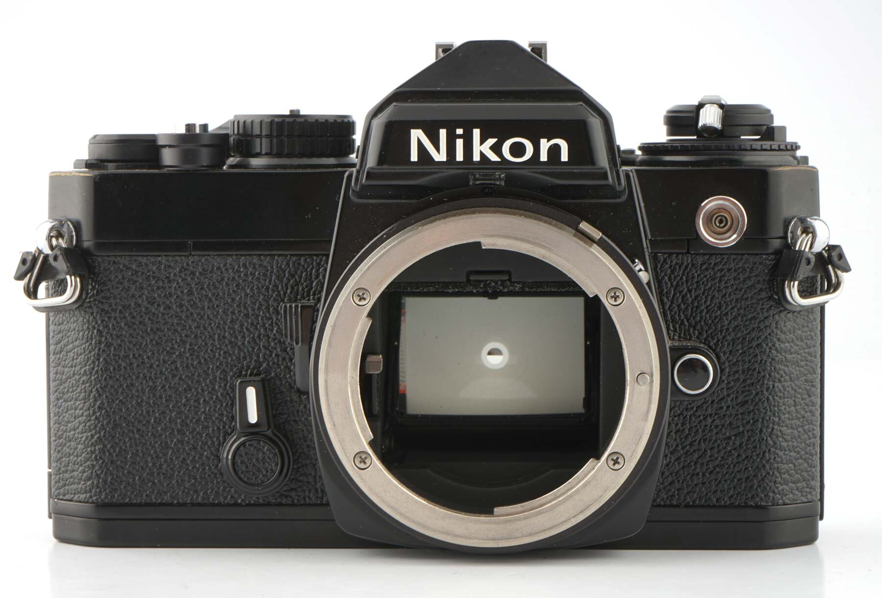 Nikon FE schwarz