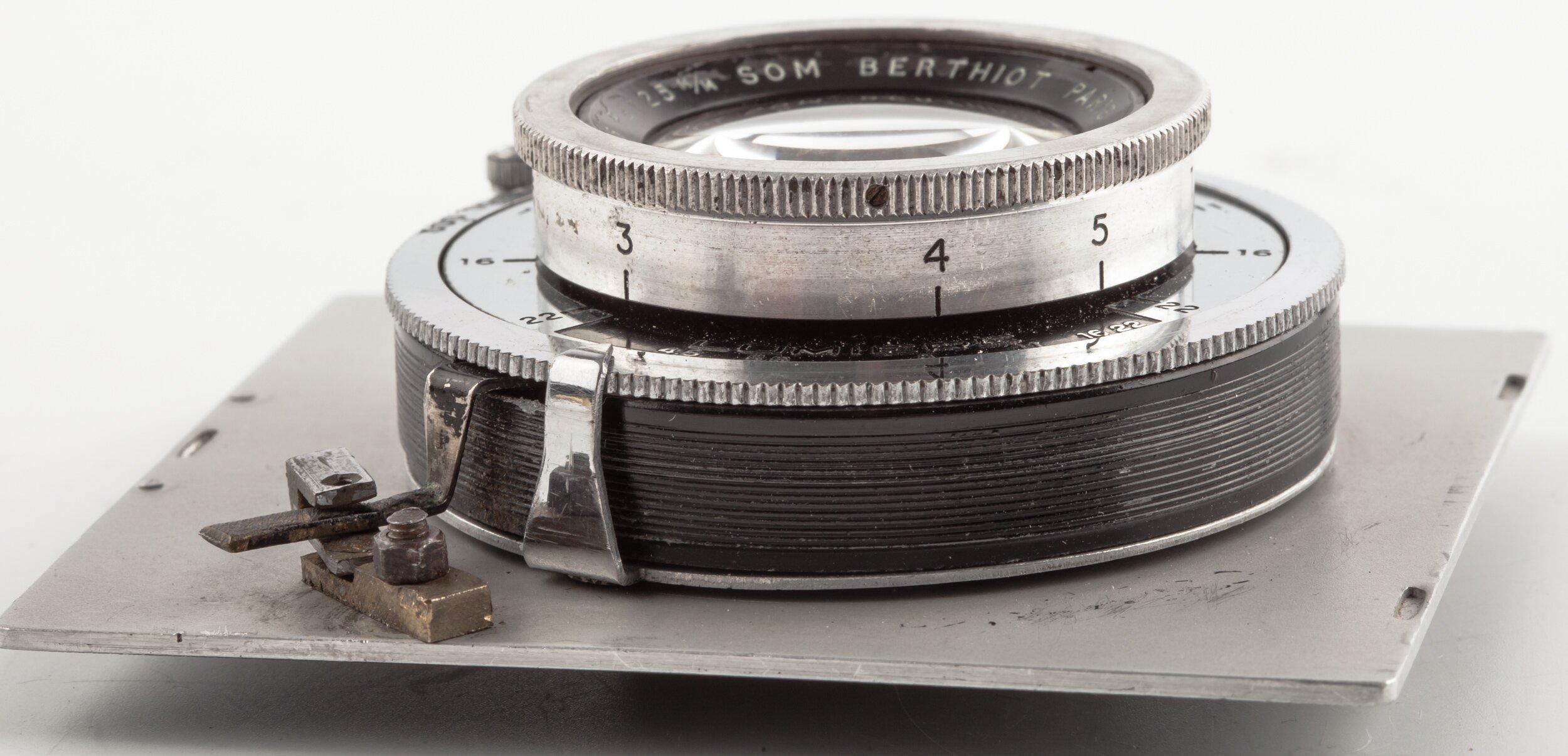 Som Berthiot 4,5/125mm Anastigmat Paris