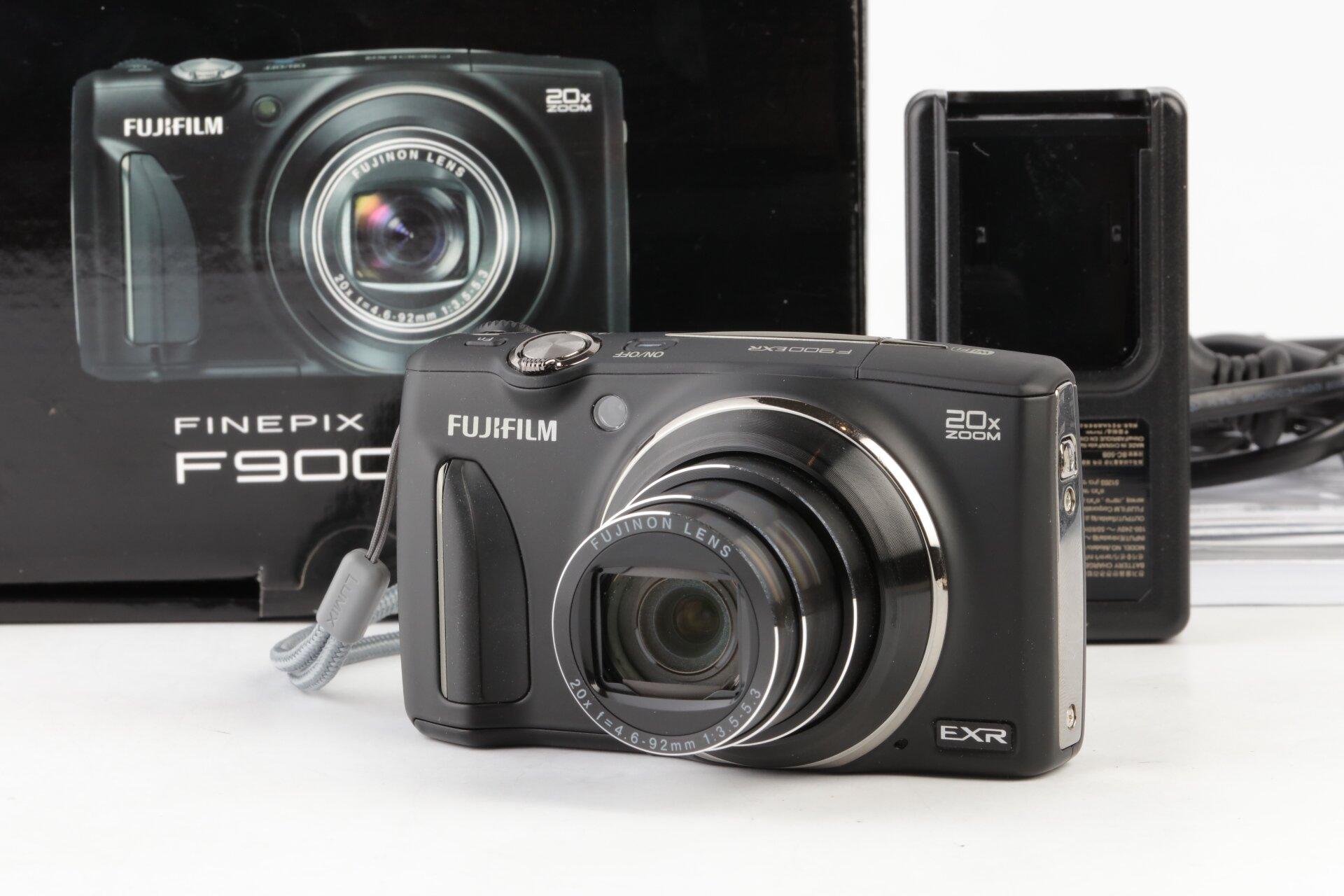 Fujifilm Finepix F900 EXR schwarz