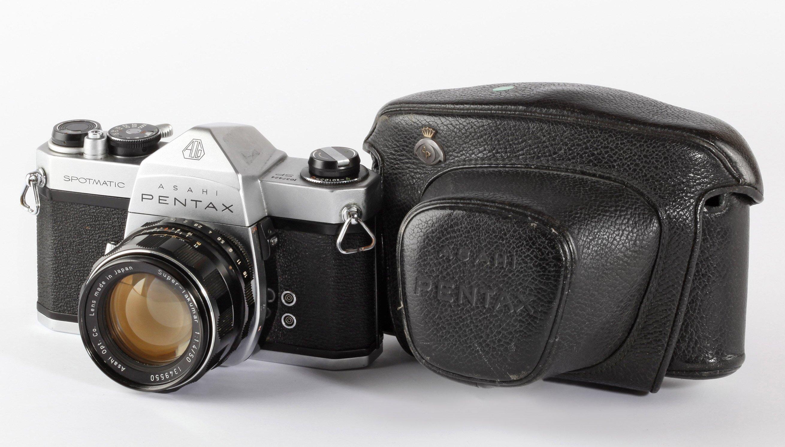 Pentax Spotmatic + Super - Takumar 1,4/50mm M42